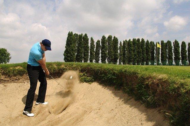 ゴルフインストラクターの収入